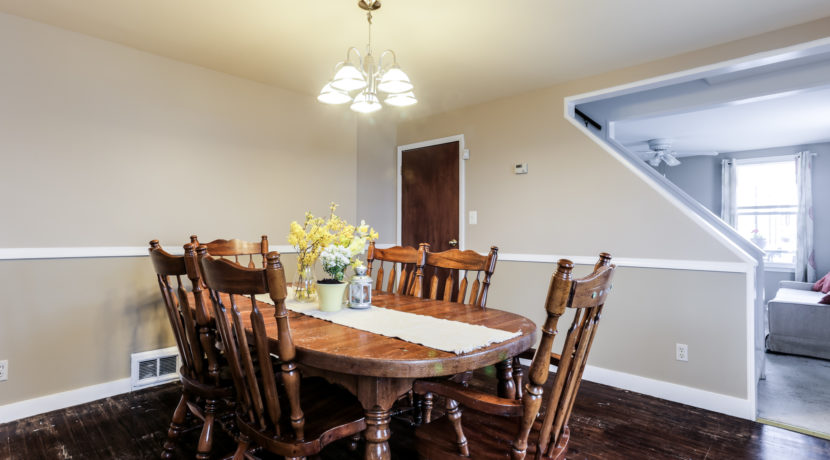 718 Meadowbrook Ave - Dining Room 2 ~ Wissel Homes